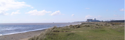 Cropped coastal image (Helen Hanley [CC BY-SA 2.0 (http://creativecommons.org/licenses/by-sa/2.0)], via Wikimedia Commons)